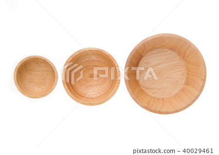 Empty wooden bowl isolated on white background 40029461