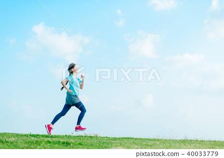 跑步的女人 40033779