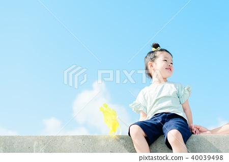 天空和兒童風車 40039498