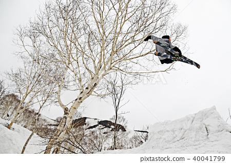 프리 스키 점프 40041799