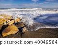 waves on the coast of the sea 40049584