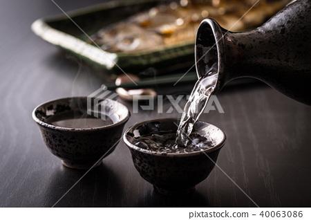清酒和秋劍魚 40063086