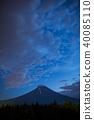 富士山和登山者製造的光河 40085110