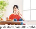 หญิงสาว (มื้ออาหาร / สมาร์ทโฟน) 40196066
