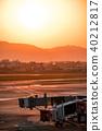sunset, boarding bridge, runway 40212817