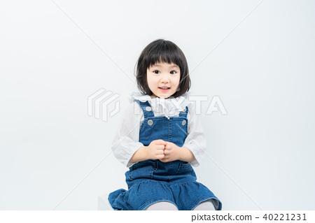 孩子 嬰兒 幼兒 40221231