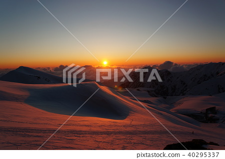 北阿爾卑斯 雪山 寒冬 40295337