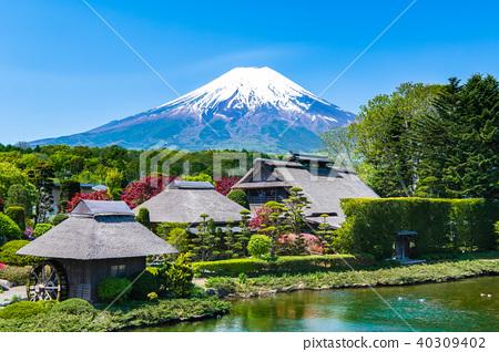 Mt. Fuji Oshino Hakkai 40309402