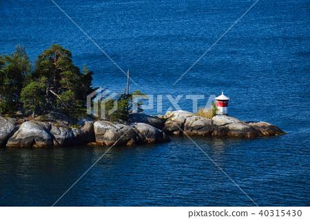 Lighthouse on islet of Stockholm Archipelago 40315430
