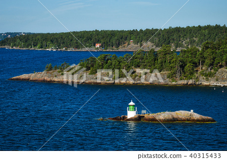 Lighthouse on islet of Stockholm Archipelago 40315433