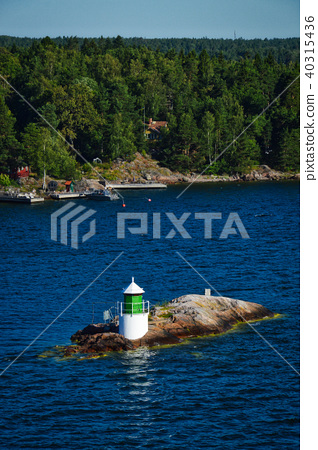 Lighthouse on islet of Stockholm Archipelago 40315436