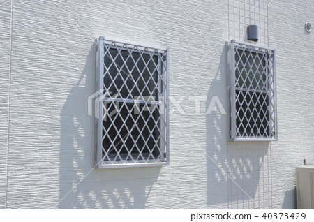 房屋外牆建築材料格柵窗戶和壁板 40373429