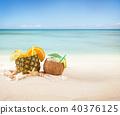Summer drinks 40376125