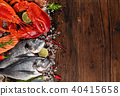 Many kind of seafood, served on crushed ice 40415658