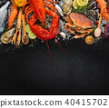 Many kind of seafood, served on crushed ice 40415702