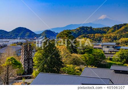 Mountain Reflection Furnace and Mount Fuji 40506107