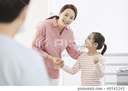 병원,의사,엄마,딸 40541242