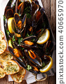 French mussels with lemon, parsley and garlic 40665970