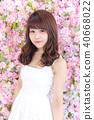 年輕女士的髮型 40668022