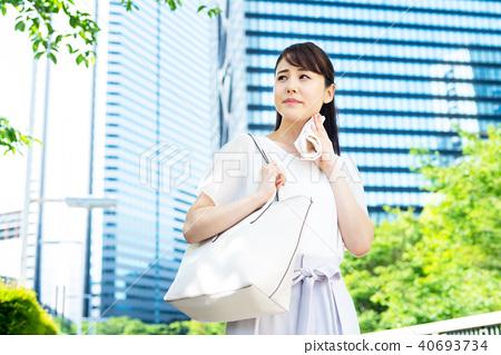 Business woman (summer) 40693734