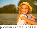 girl hay hat 40724331