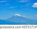 (시즈오카 현) 후지산을 배경으로 하늘을 나는 패러 글라이딩 40731719