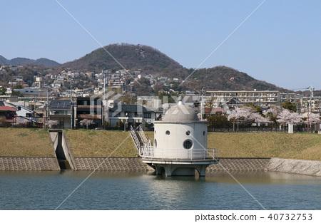 니시 노미야시 니테코 연못 40732753