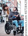 白人 外國人 輪椅 40738429