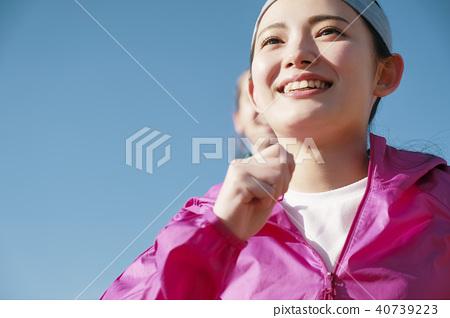 外國人女人跑 40739223