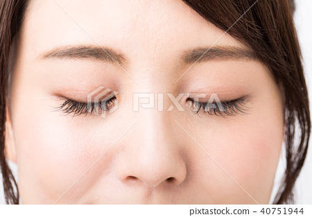 속눈썹 에크 눈썹 눈 눈매 40751944