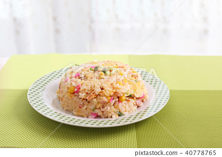 Delicious fried rice 40778765