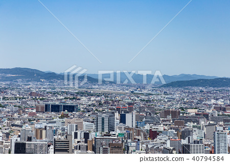 Urban landscape in Osaka, from the thirteen to the Itami airport. 40794584