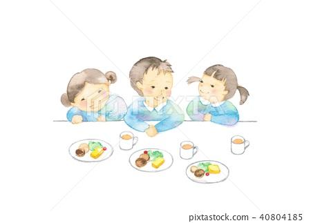 Infant, 3 people, food 40804185