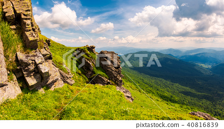 beautiful mountain scenery in summer 40816839