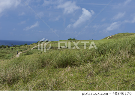 蘭嶼廣闊的青青草原 40846276
