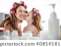 daughter, mother, girl 40854581
