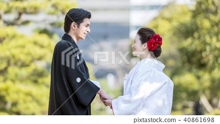 日本禮服婚禮新娘和新郎 40861698