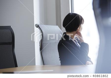 비즈니스 우먼 회의실 40861802