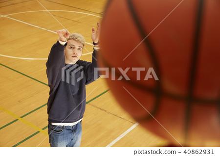 篮球男子射门 40862931