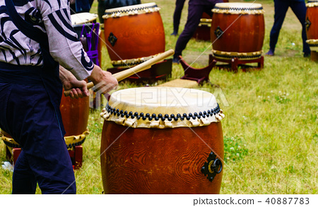 Japanese drum 40887783