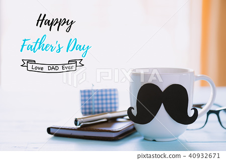 Happy fathers day concept.  40932671