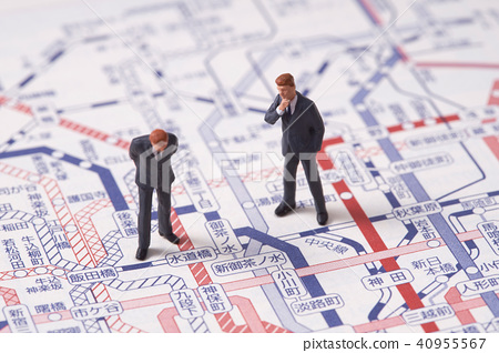 Train map and businessmen 40955567