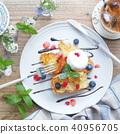 สไตล์ฝรั่งเศสขนมปังปิ้ง 40956705