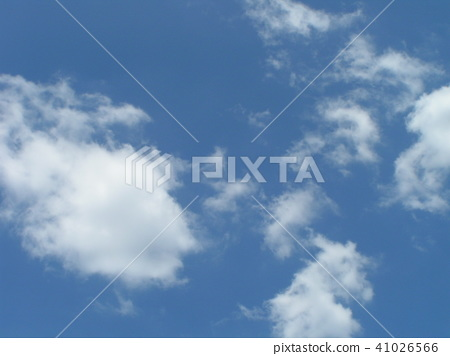 ท้องฟ้าเป็นสีฟ้า,ฤดูร้อน,หน้าร้อน 41026566