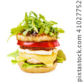 Chicken burger with vegetables 41027752
