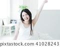 여성 자고 일어나기 아침 기상 젊은 여성 귀여운 라이프 스타일 41028243