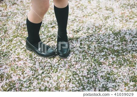 high school girl, feet, foot 41039029