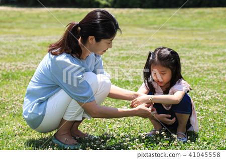 행복한 엄마와 딸 41045558