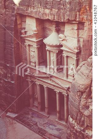 Al Khazneh - the treasury, ancient city of Petra,  41048767