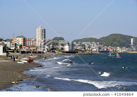 Sailboard beach 41049864